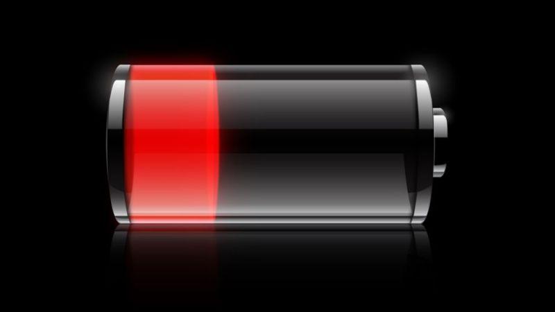 Фотоаппарат сразу показывает разряд батареи
