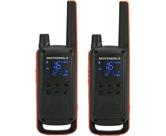 Motorola TLKR T82 2-Way Walkie Talkie Radio Twin Pack - Red / Black (Ir veikalā)